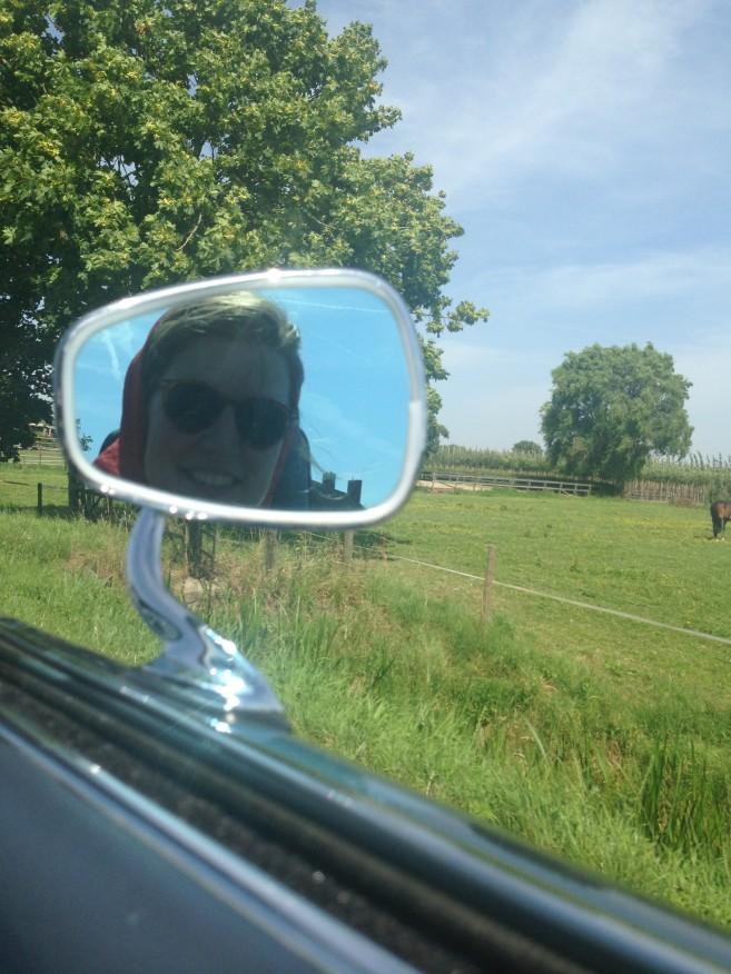 mirror cabrio selfie