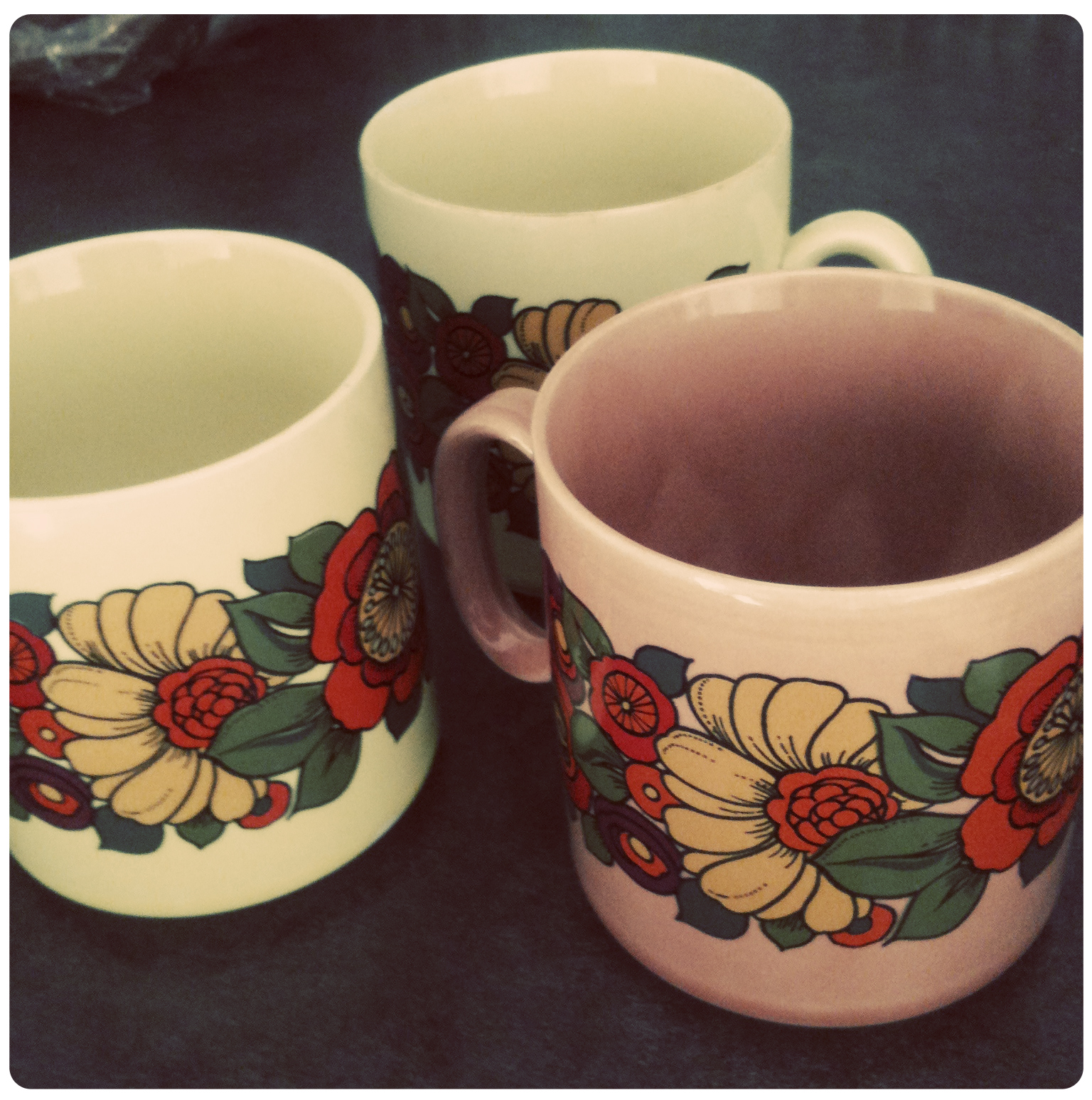 Vintage-mugs-thrifted