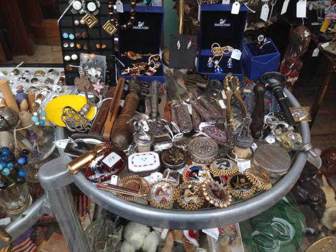 vintage jewellery brussels